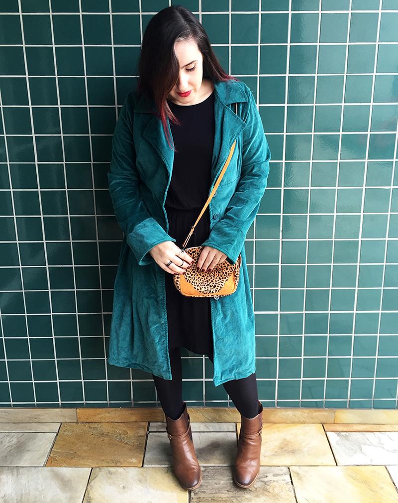 look-do-dia-trench-coat-verde-03